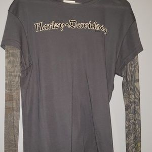 T-Shirt w Tat sleeves